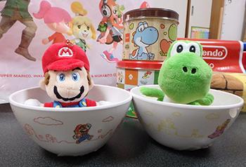 Nintendo TOKYOで購入したスーパーマリオのボウルとぬいぐるみ